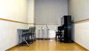 練習室2/ピアノ有り(アップライト)