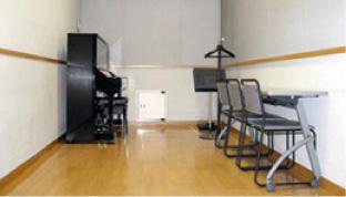 練習室4/ピアノ有り(アップライト)